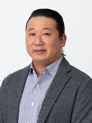代表取締役 阪本                           章